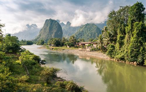 voyage laos circuit guide francophone